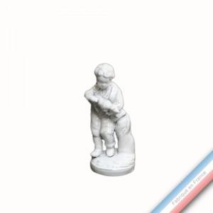 Collection CABINET CURIOSITE - Garçon au chien  - H 13 cm -  Lot de 1